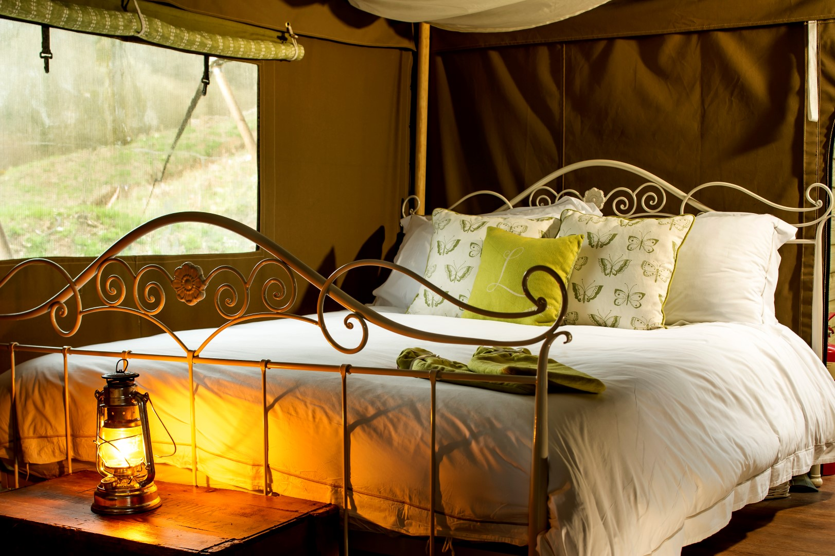 Beautifully cosy glamping bedrooms at Longlands North Devon