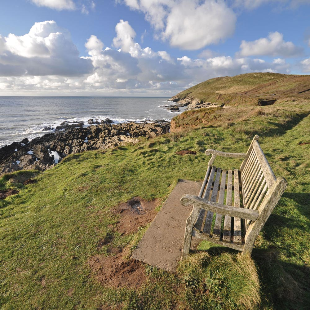 Enjoy coastal walks from Longlands