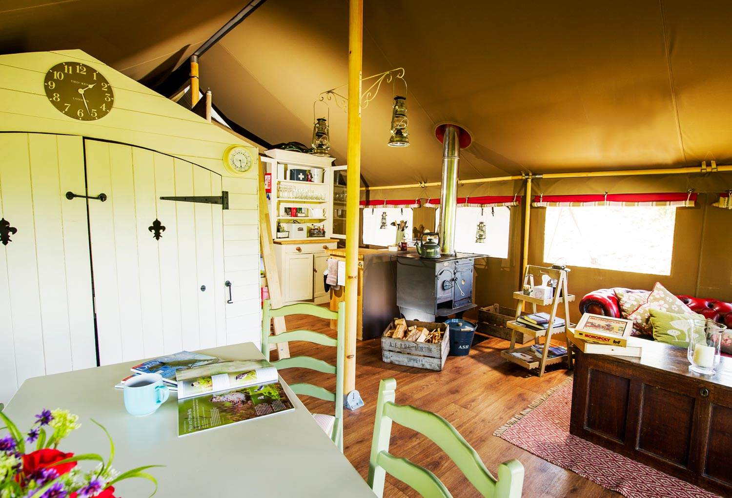 Spacious Glamping at Longlands Devon