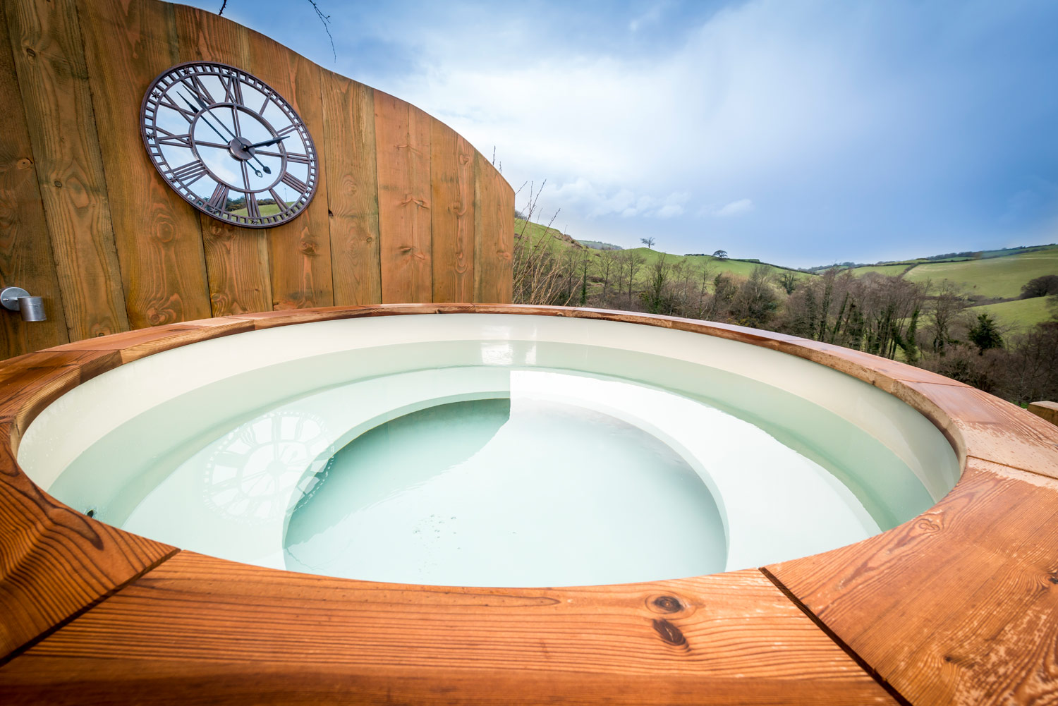 Glamping with Hot Tub at Longlands