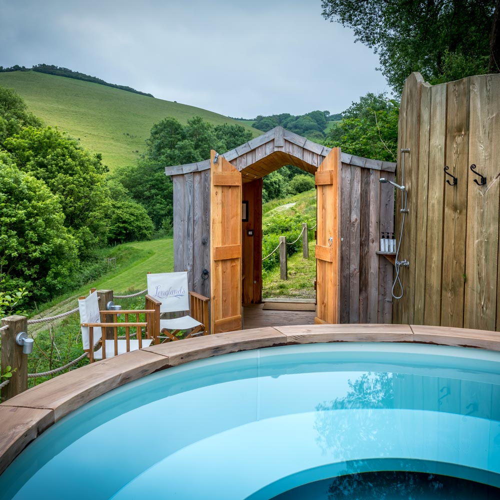 Luxury glamping lodges with hot tub and Devonshire countryside views